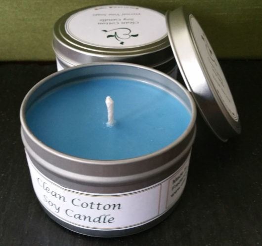 Clean Cotton Candle Tin Open